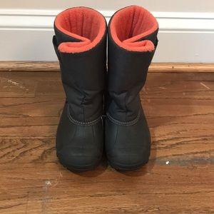 Tundra winter boots size 10